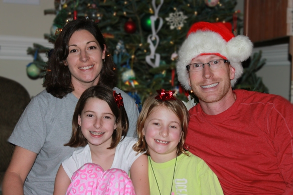 Co-Founders Brandon & Elizabeth Lindsey with their daughters